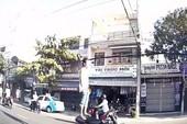 Thanh niên đứng trên yên xe máy phóng vun vút ở Đà Nẵng