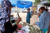 'Chảy nước miếng' với chợ hải sản ở Hồ Tràm