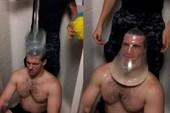 Giới trẻ 'phát sốt' với trào lưu đội bao cao su lên đầu