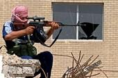 Khủng bố IS 'thất kinh' với xạ thủ giấu mặt ở Mosul