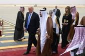 Ả Rập Saudi tiếp đón ông Trump khác hẳn với ông Obama