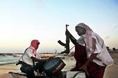 Tàu cá Hàn Quốc nghi bị cướp biển Somalia tấn công