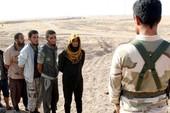1.000 chiến binh IS tự 'nộp mình' cho liên quân Mỹ