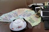 Khởi tố 4 bị can vụ bí thư phường đánh bạc