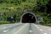 Hầm đường bộ Hải Vân sắp đóng cửa 30 phút mỗi ngày