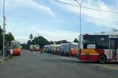 Nhân viên đòi quyền lợi, nhiều tuyến xe buýt tê liệt