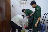 Bị bắt vì mang 400.000 USD thắng bạc ở Campuchia về VN