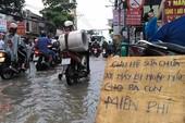 3 anh em sửa xe miễn phí: Sẽ tiếp tục khi mưa lớn