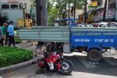 Xe ba gác chở tôn tông 2 người nhập viện
