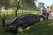 Xe chở ba cha con gặp nạn trên đại lộ Mai Chí Thọ
