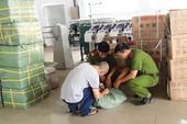 Container hàng lậu ở Bình Tân ngụy trang là sợi chỉ