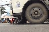 Xe tải tông nữ công nhân nguy kịch