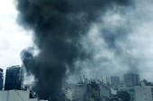 Cháy ở đường Cộng Hòa: Lửa bùng lên khi mở 2 phi dung môi