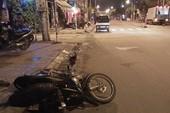 Thanh niên tử vong sau va chạm với xe tải đang xi nhan