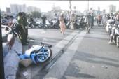 Đâm vào cầu Nguyễn Văn Cừ, một thanh niên tử vong