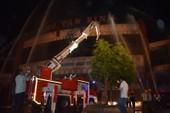 Hơn 200 tiểu thương chợ Tân Bình diễn tập chữa cháy