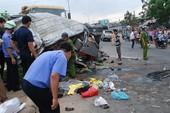 Xe du lịch bị tông 2 lần, tài xế tử vong