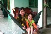 Đỏ - đen lấy chồng xa xứ: Những đứa trẻ 'vô thừa nhận'