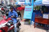 Xe ôm miễn phí cho khách đi lễ chùa Bà Bình Dương