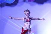 Clip vũ công Nguyễn Hường biểu diễn múa bụng