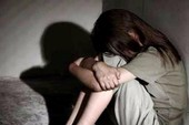 Bé gái tâm thần bị gã hàng xóm hiếp dâm