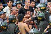2 CĐV Hải Phòng bị tạm giữ vì gây rối trên sân Hàng Đẫy