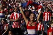 Nỗi buồn của nữ CĐV sexy nhất World Cup 2010