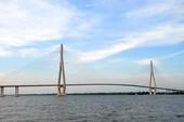 Cầu dây văng dài nhất Đông Nam Á trước ngày thông xe