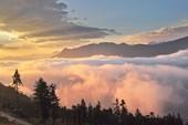 Mây núi Sa Pa đẹp như tranh thủy mặc