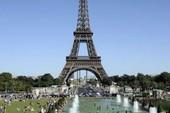 """Tháp Eiffel """"kiếm tiền"""" giỏi thế nào?"""
