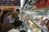 Nhiều siêu thị tưng bừng khuyến mãi đầu năm