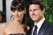 Cuộc hôn nhân của Tom Cruise - Katie Holmes lên sân khấu