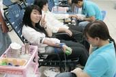 Sinh viên SaigonTech hiến máu nhân đạo