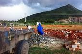 Tháo dỡ công trình xây dựng trái phép của DN Trung Quốc