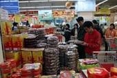TP.HCM: Nhiều siêu thị khuyến mãi vào mùng 2 Tết