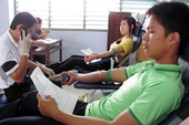 Hơn 200 sinh viên Huế hiến máu nhân đạo