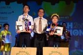 2 học sinh TP.HCM giành quán quân cuộc thi về tiếng Anh