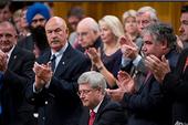 Canada tham gia không kích IS