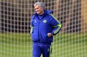 """Choáng với """"trình"""" nhạo M.U, Man City lẫn Arsenal của Mourinho"""
