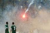 CĐV làm loạn, Malaysia đối mặt án phạt nặng của FIFA