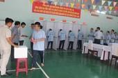 Hàng trăm học viên trại cai nghiện đi bầu cử