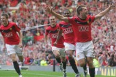 'Thần tài gõ cửa' MU trước derby thành Manchester
