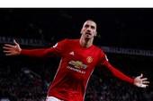 """Mourinho """"hai lời"""" về tương lai của Ibrahimovic tại MU"""
