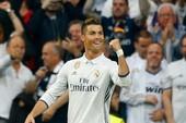 Ronaldo lập thêm kỷ lục tại Champions League