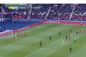 PSG níu ngôi vương bằng bàn thắng bẩn nhất thế giới