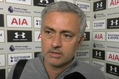 Mourinho chạy trốn, nói MU không muốn đá Premier League
