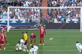 Bàn thắng láu cá nhất mọi thời đại của sao Real Madrid