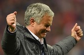 MU vô địch Europa League, Mourinho mừng phát khóc