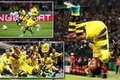 PSG lên ngôi phút 90, Dortmund vô địch nhờ phạt đền
