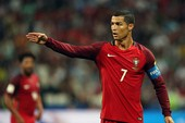 Mourinho chính thức lên tiếng vụ MU mua lại Ronaldo